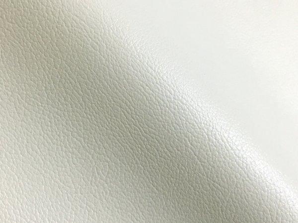 画像1: 合皮レザー生地 お手入れ簡単【難燃 広幅 白】 (1)